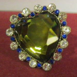 Betsey Johnson heart shaped ring  7 1/2